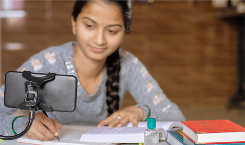 Online Classes Replace the old Learning Methods