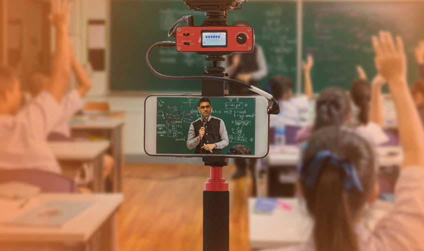How digital classroom solutions boost school admission rate?