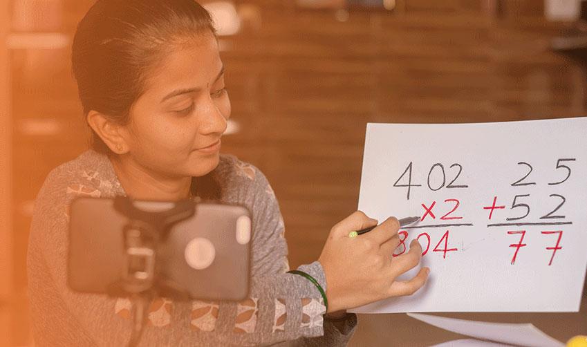 How online classrooms make school curriculum interesting?