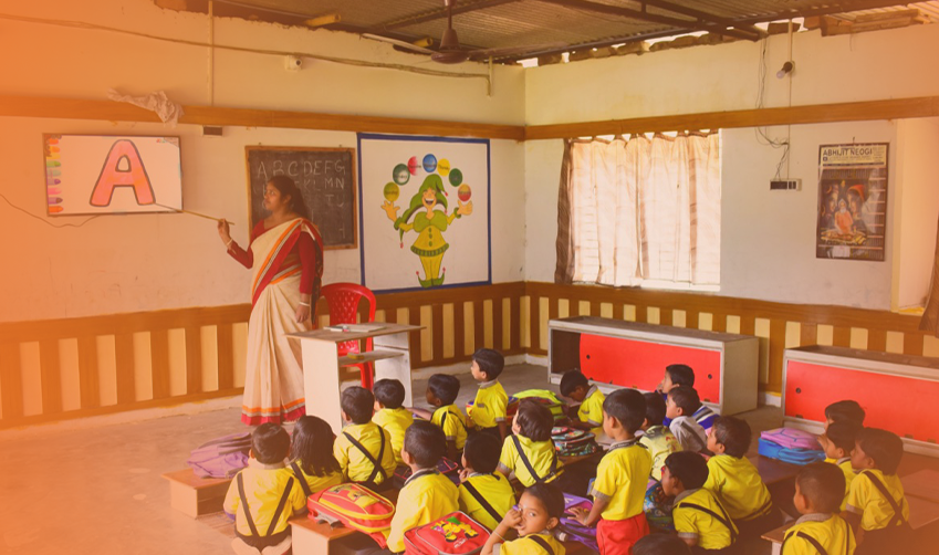 Smart boards in classroom expedite quality learning