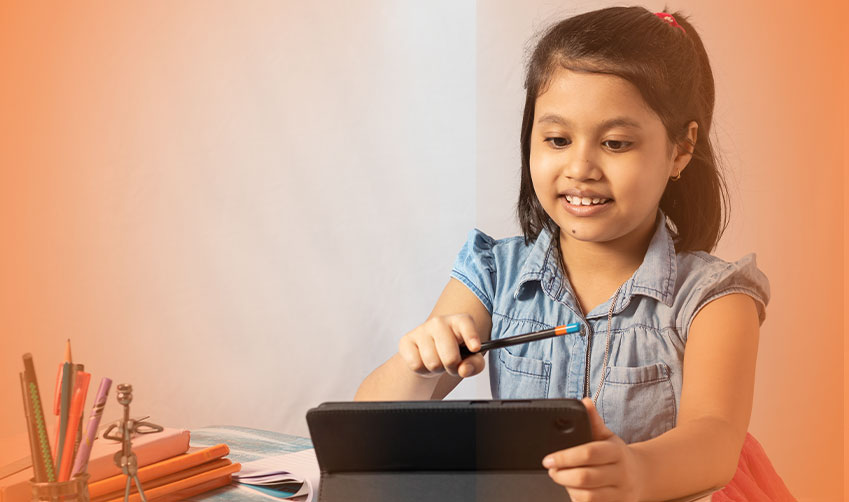 Smart class online- an expansive world of effective learning during school closures